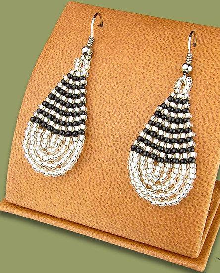 Beaded African teardrops (Silver/Black)