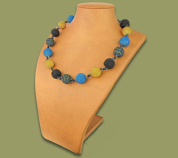 Beaded Bobble necklace (Blue/Gold/Black)