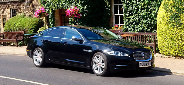 Luxury chauffeur hire,Corporate and priv