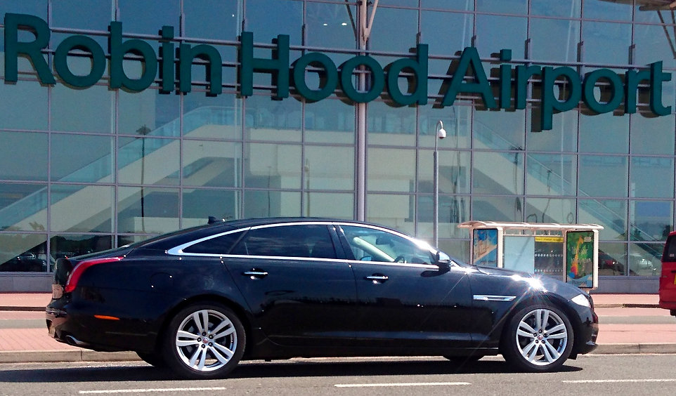 Executive travel airport chauffeurs in L
