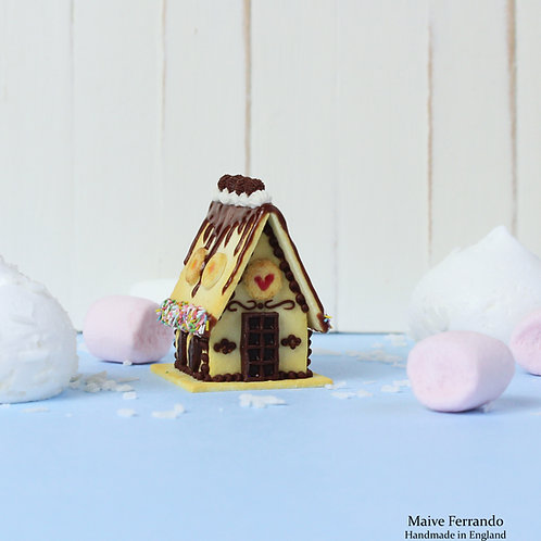 miniature gingerbread house,polymer clay miniatures,miniature food,miniature house,polymer clay gingerbread house,fimo house