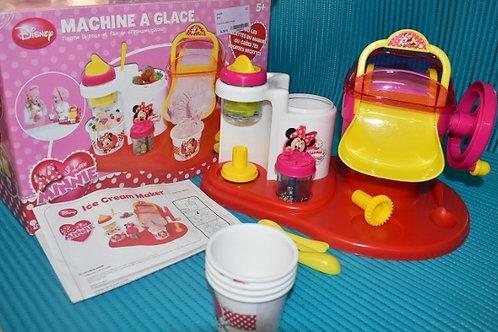 Minnie machine à glace