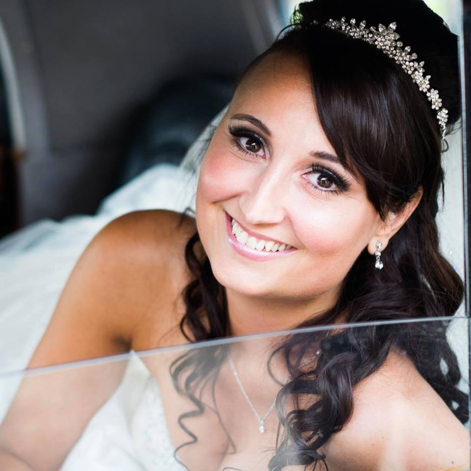 bridal hair and make up g
