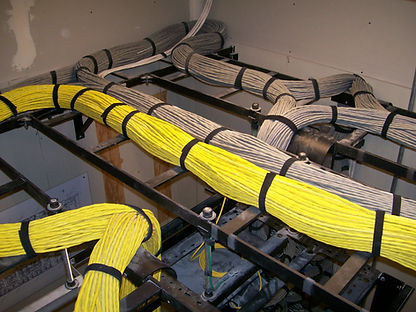structured_cabling_on_ladder_racks.JPG
