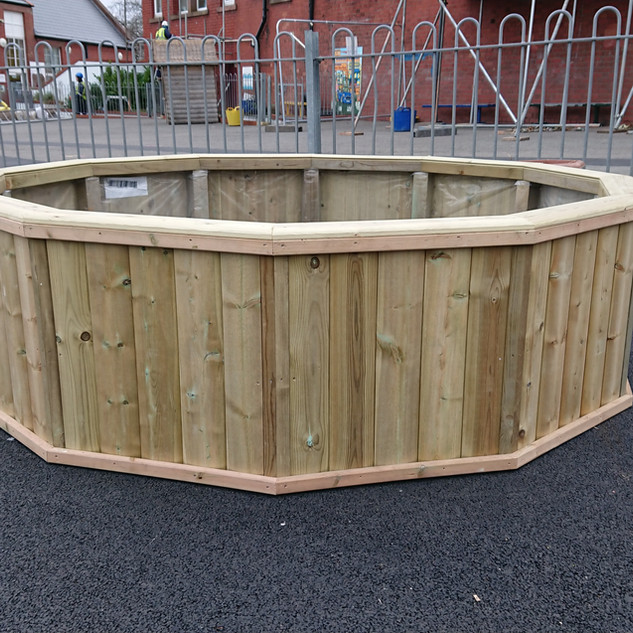 Large-Round-School-Planter
