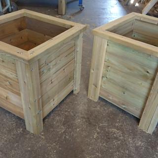 Wooden-Plant-Pots