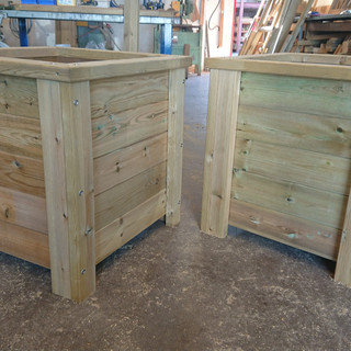 Rustic-Wooden-Planters