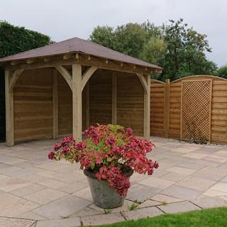 Rectangular-Wooden-Garden-Room