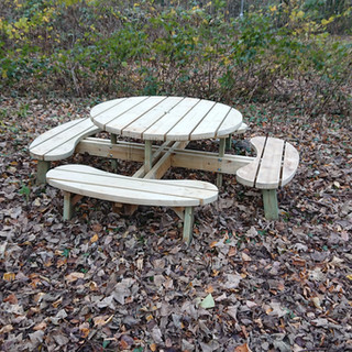 Large-Round-Picnic-Table