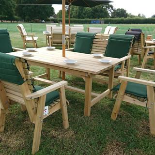 Wooden-Garden-Furniture-Display