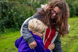 mum-and-child-hugging_thumb