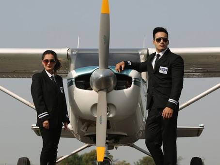 HOW LONG DOES IT TAKE TO TRAIN TO BECOME AN AIRLINE PILOT?