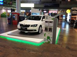 Автомобильный выставочно-демонстрационный стенд