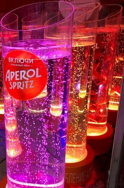 Эксклюзивная рекламная стойка Aperol Spritz
