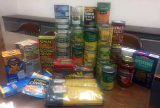 EDCS HOLDS FOOD DRIVE TO SUPPORT 12TH CAN