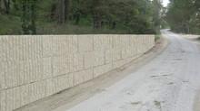 Mur de soutènement.