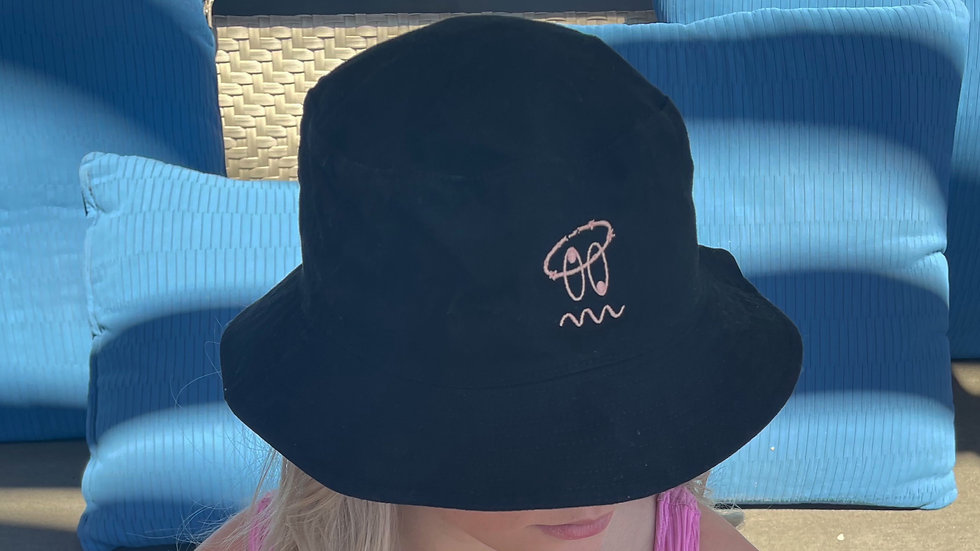 HEAD RUSH BUCKET HAT