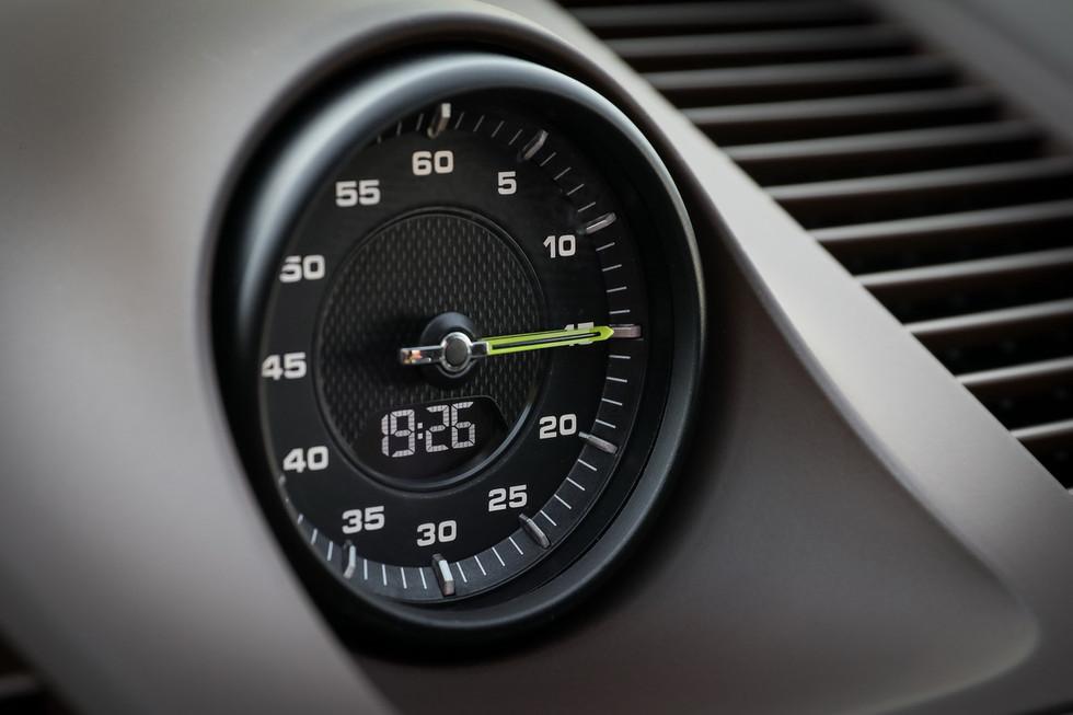 porsche-cayenne-turbo-s-e-hybrid-coupe-25.jpg