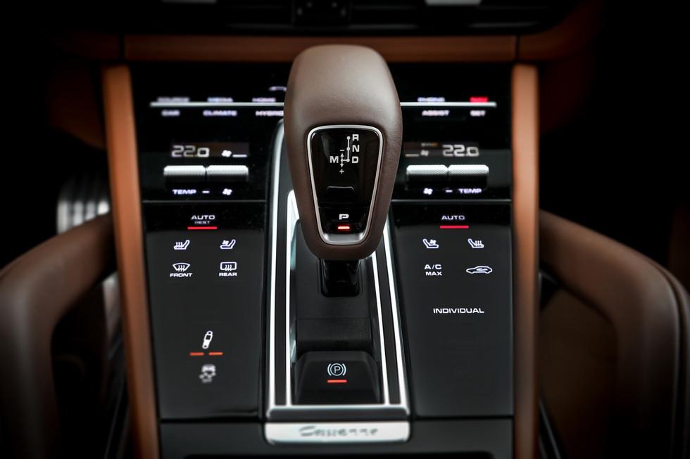 porsche-cayenne-turbo-s-e-hybrid-coupe-22.jpg