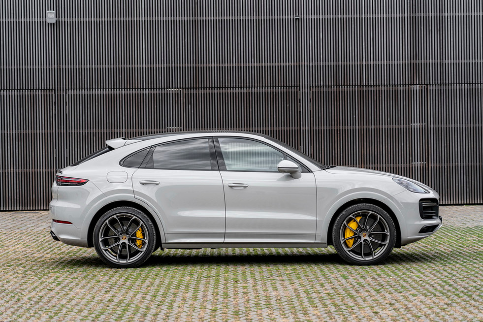 porsche-cayenne-turbo-s-e-hybrid-coupe-15.jpg