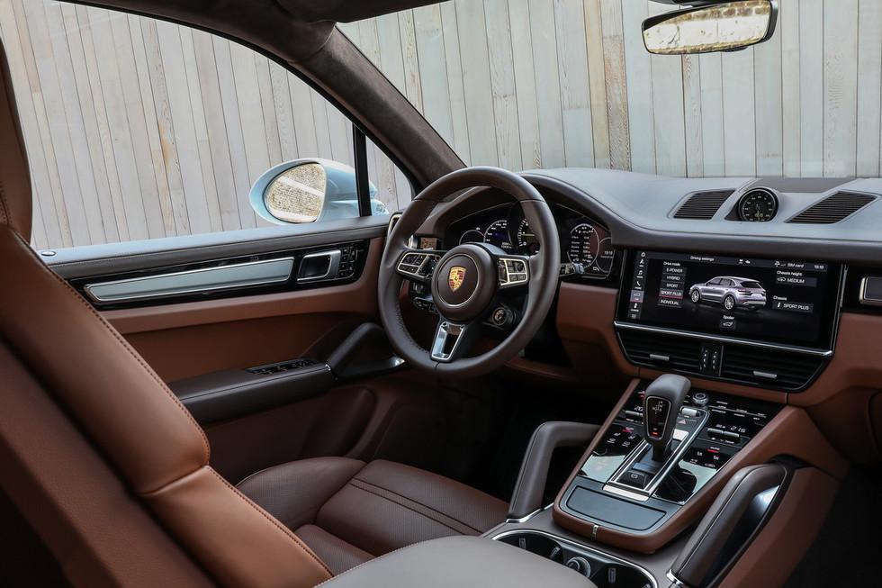 porsche-cayenne-turbo-s-e-hybrid-coupe-23.jpg