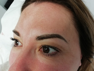 pmu eyebrows- hairstroke micropigmentati