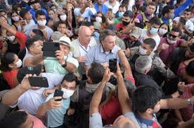 SEM LIMITES MORAIS OU HUMANOS, por Ruy Castro (*), na Folha de S. Paulo