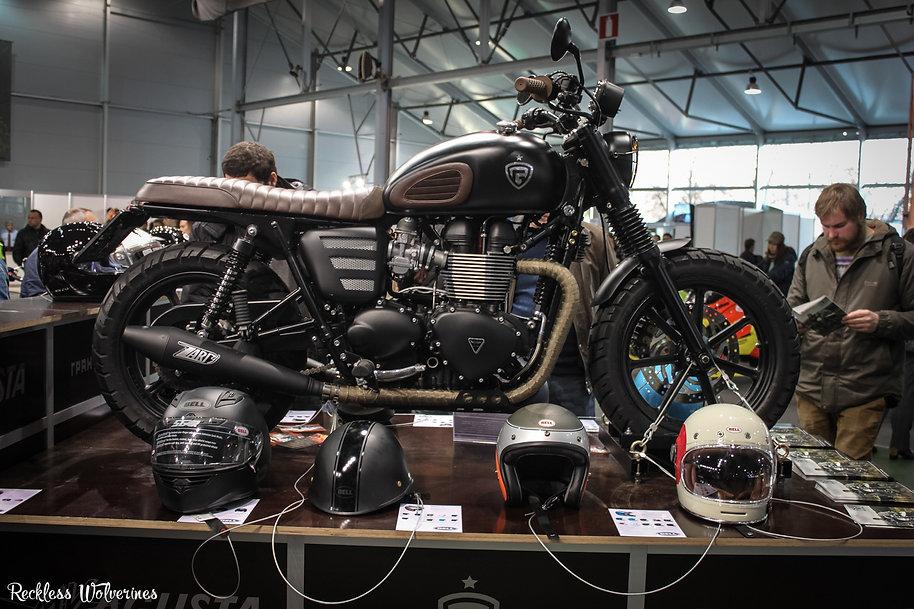 Мотозима - Triumph Bonneville Rowdy