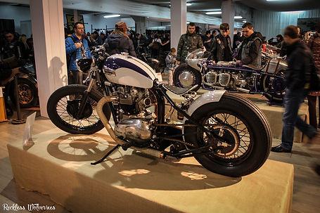 Мотозима - Triumph