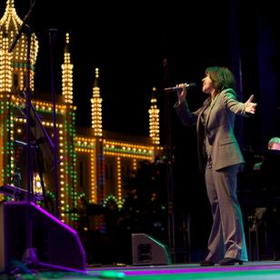 Veronica Mortensen & Tivoli Big Band 2012