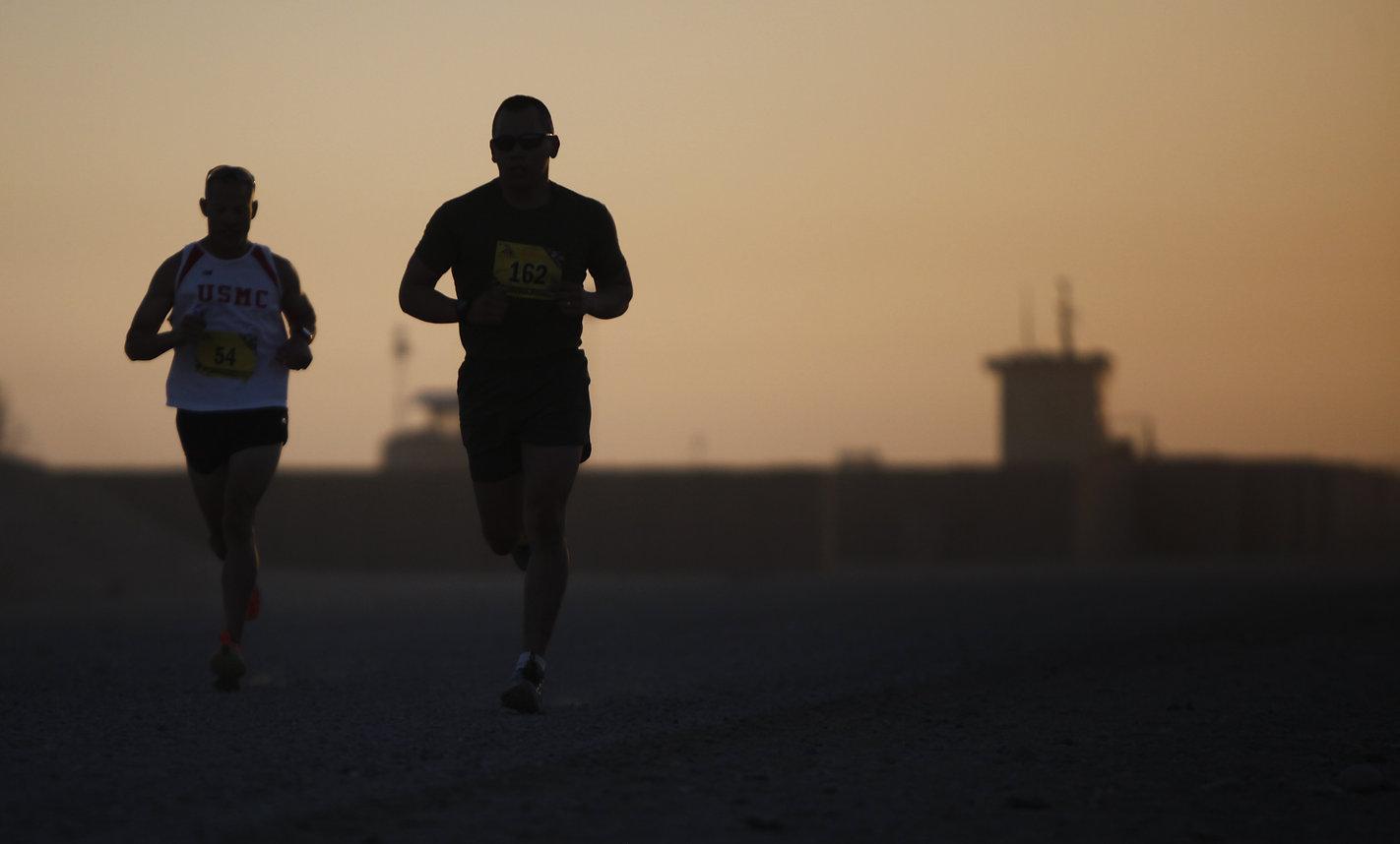 runners-802904.jpg