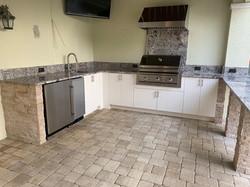tan stone outdoor kitchen
