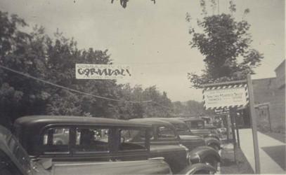downtown_circa_1940s_mainstreet_communit