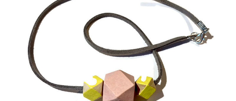 pale pink / yellow geometric bead necklace