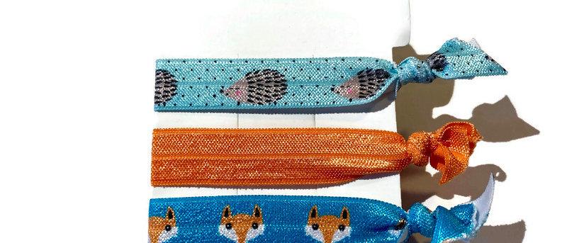 blue hedgehog / orange / fox hair / wrist bands