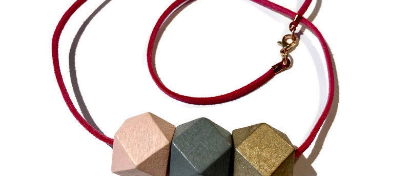pale pink / grey / gold geometric bead necklace