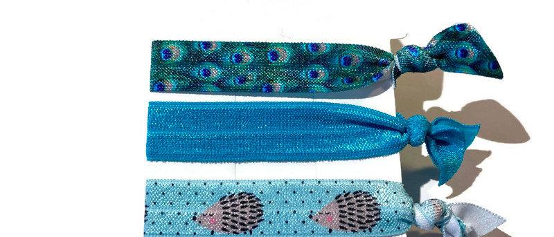 peacock / blue / blue hedgehog hair / wrist bands