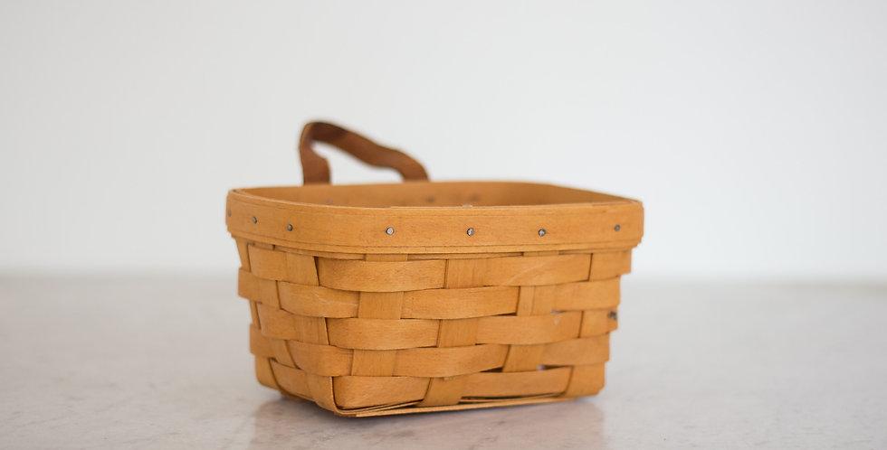 vintage longaberger basket with handle