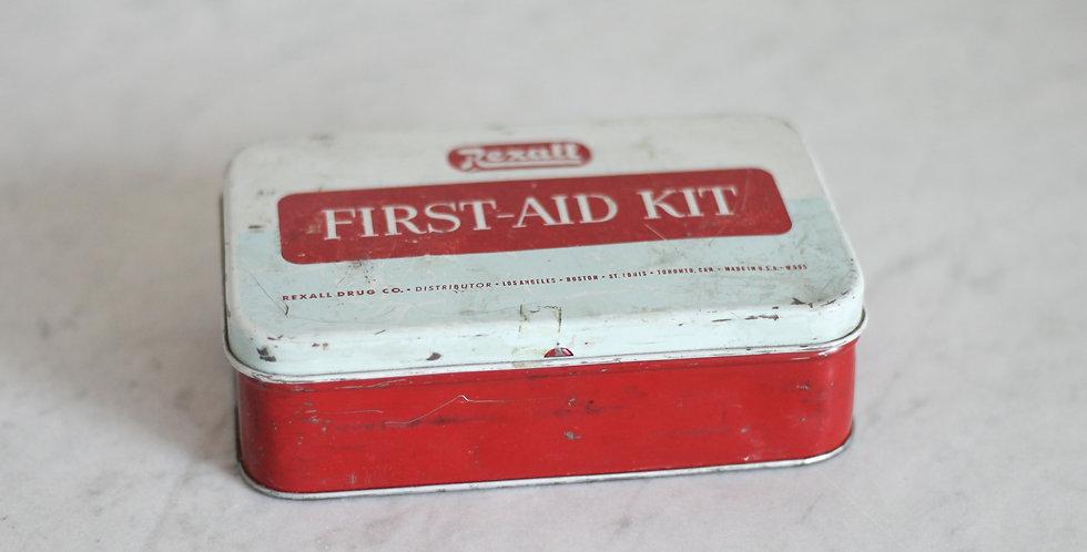 vintage fist aid kit
