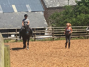 novice lesson barefoot pony treeless saddle Horse Connection Clinic Pippsway Wellington Somerset near Devon