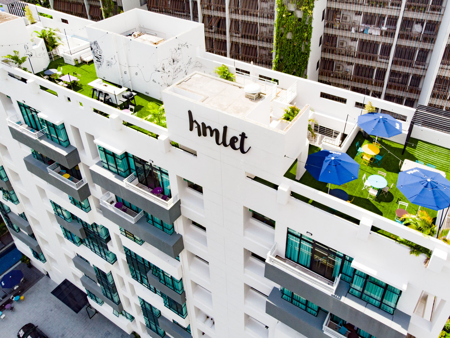 Hmlet's second building