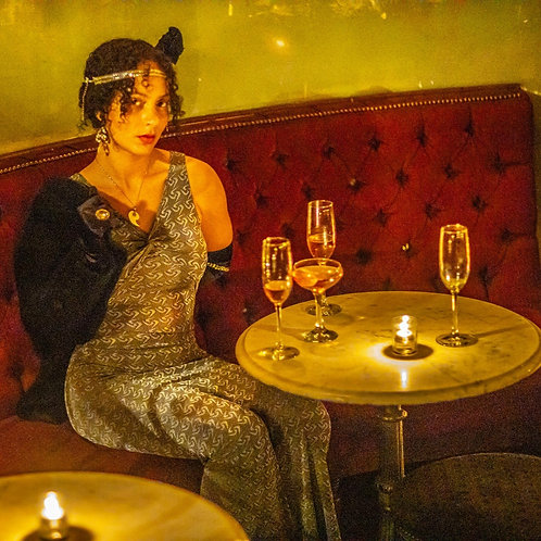 Vintage Cocktail Experience with the Hollywood It Girls