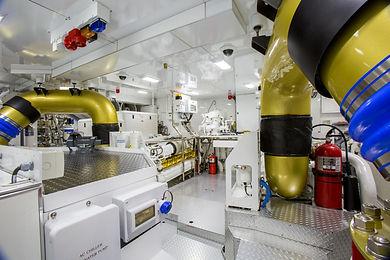 Khalilah-12133-033-engineroom-24081.jpg