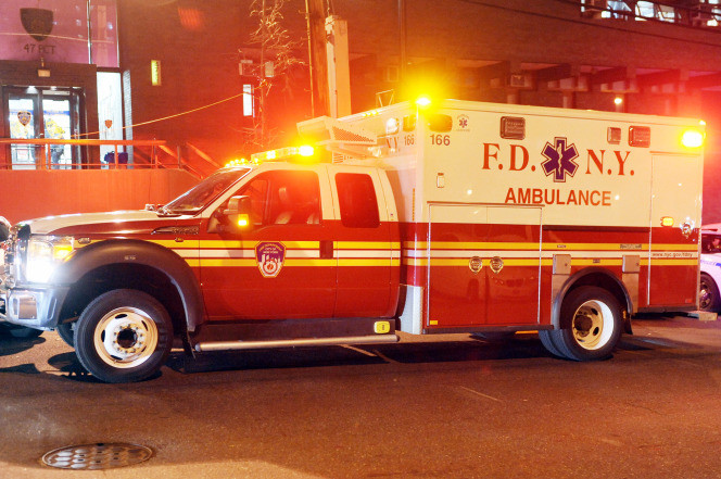 isis threatens emt driver with knife