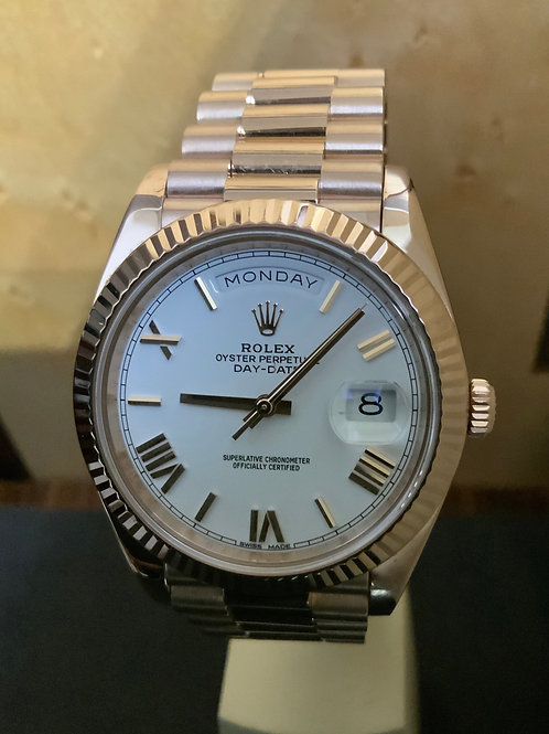 Rolex Day-Date 40 - Weiss