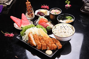 08_Tonkatsu & Sashimi Set 1.jpg