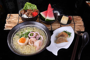 SS28 Seafood Ramen & Buta Kyushuh Don Se
