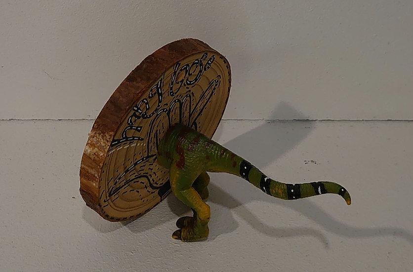 TanjART geköpfte Tiere auf Holzscheibe