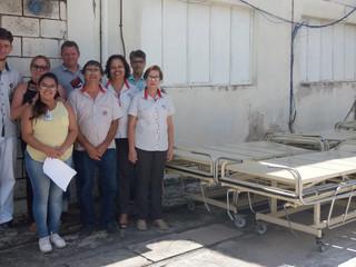 Santa Casa repassa camas hospitalares para a Associação Mão Amiga