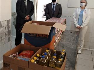 OAB realiza campanha e faz doação para a Santa Casa de Formiga